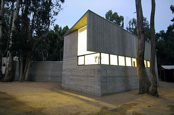 Rural House Design in Concrete Style Architecture from Martin Hurtado Architect