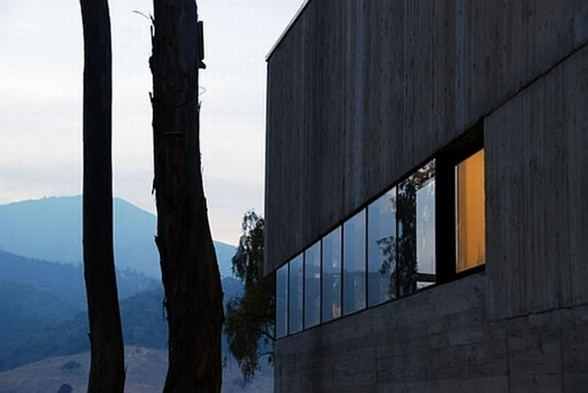 Rural House Design in Concrete Style Architecture from Martin Hurtado Architect - Mountain Views