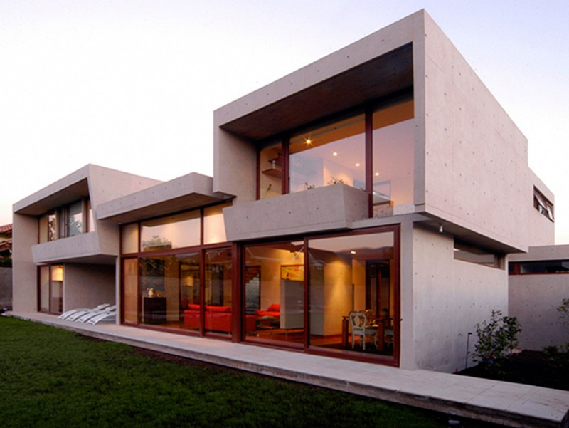 Solid Architecture Of Fleischmann Ossa House By Mas Y Fernandez Arquitectos Architects