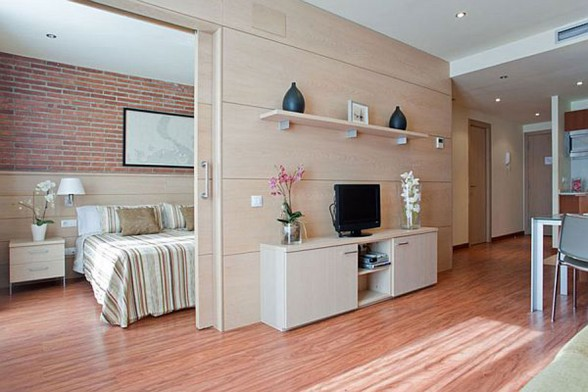 Warmth and Comfy Apartment Ideas In 55 Square Meter of Barcelona - Living Room with TV