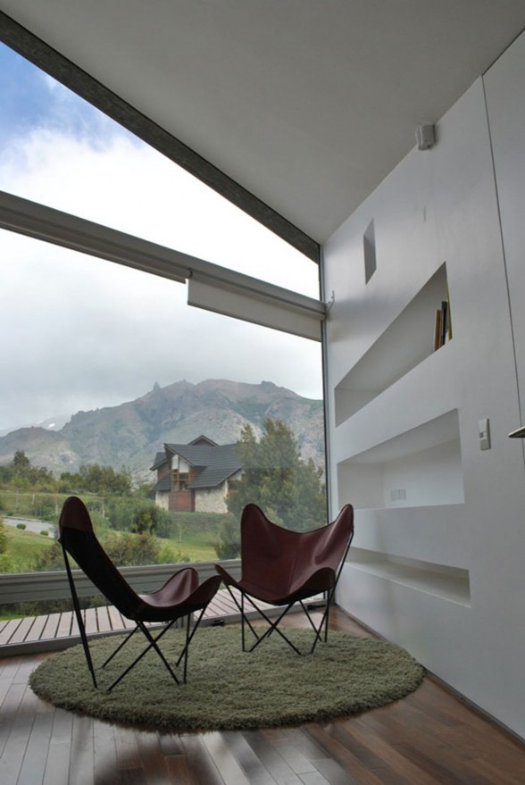 Amazing Mountain Villa with Pantagonian Valley Landscape View from Alric Galindez Architect - Balcony