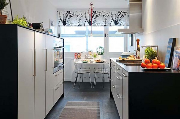 Beautiful Interior Design of Small Apartment in 7 Floor Building of Linnestaden - Kitchen