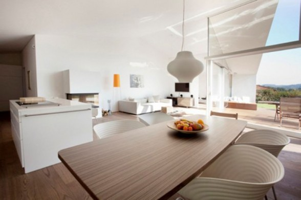 Super Minimalist House with Modern Architecture and Natural Landscape in Austria - Dining Table