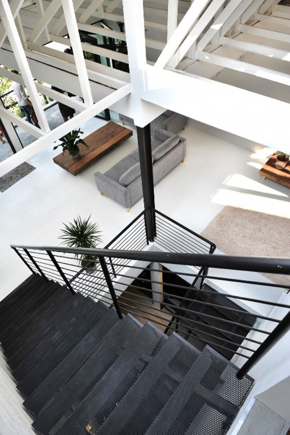 A Minimalist House Design with Indoor Garden in Kuala Lumpur - Staircase