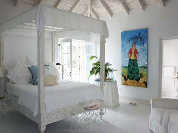Classic Lucsious Barbadian Residence Interior Ideas in British Wes Indies - Bedroom