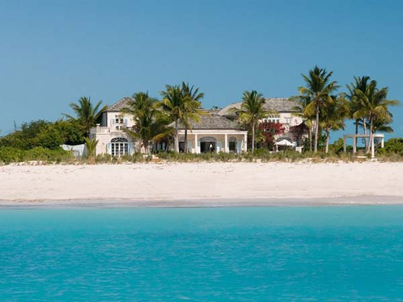 Classic Lucsious Barbadian Residence Interior Ideas in British Wes Indies