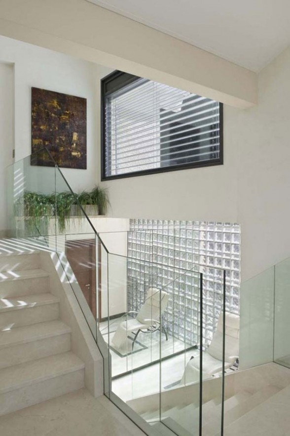 Beautiful Villa in Amazing Place in the World of Geneva - Glass Staircase