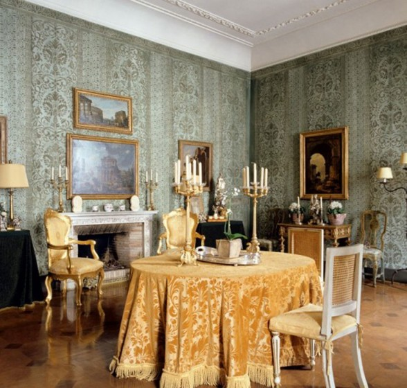 Monarch Apartment, Luxurious Interior Design Reminder of Emperor Napoleon III in Turin - Dining Table