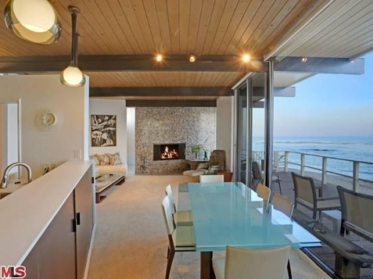 Dream beach house malibu