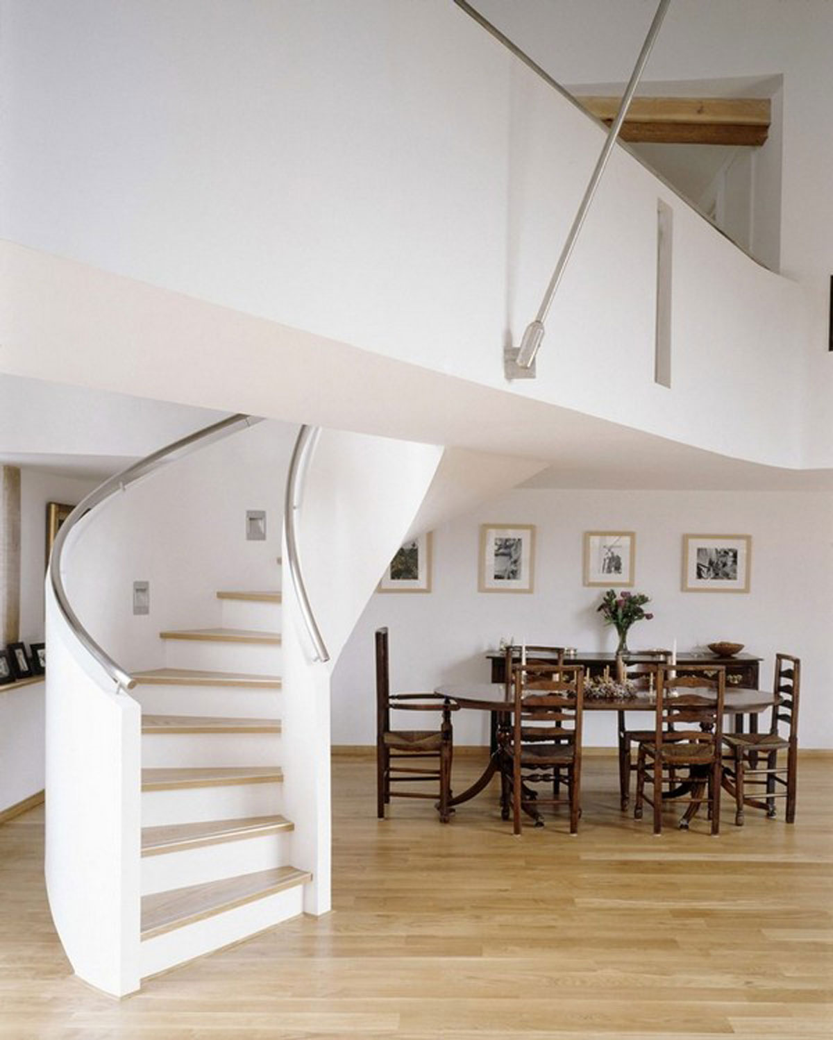 white spiral staircase plans » Viahouse.