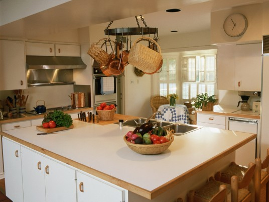 Kitchen with Island Section