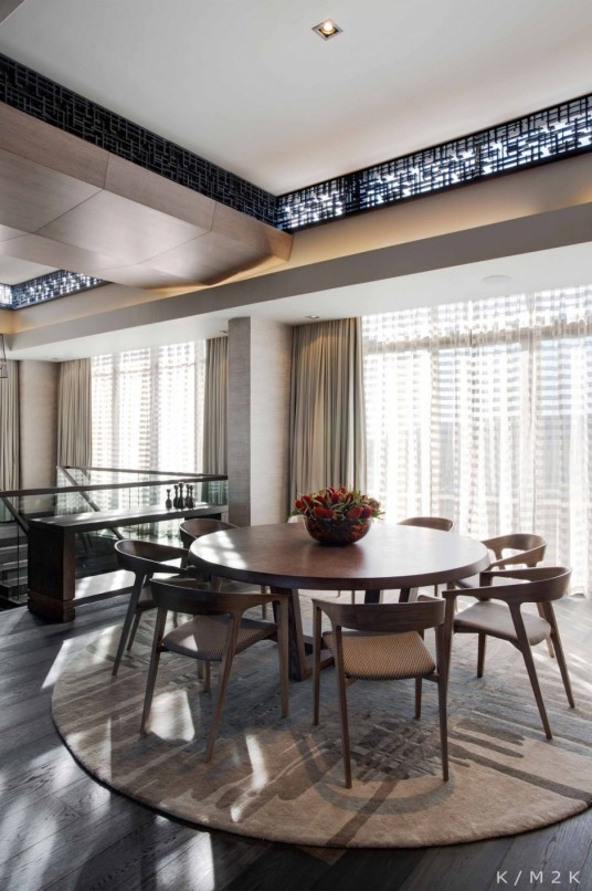 Penthouse Apartment Dining Area