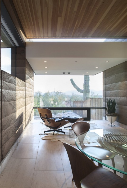 Rammed Earth Modern House Dining Area