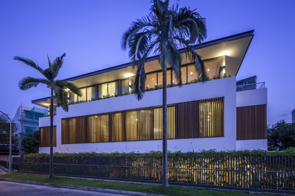Sunny Side House Design Night View