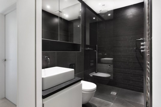 Medics House Design Bathroom