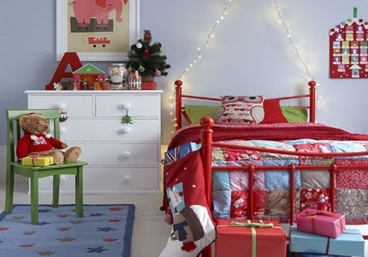 christmas decorate bedroom