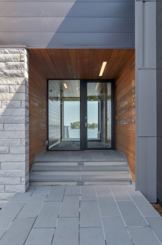 Contemporary Edgewater Residence Entrance Area