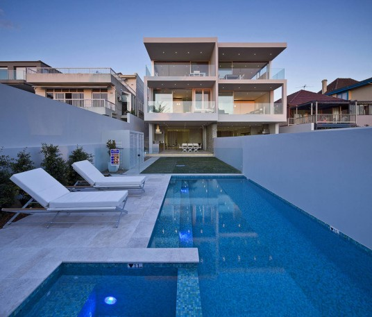 Contemporary Transparent Duplex House Design With Pool