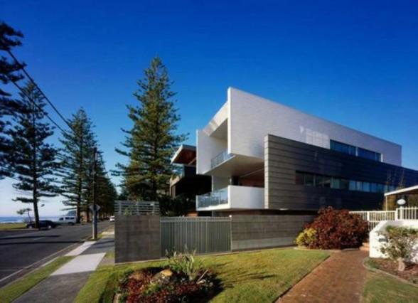 Exceptional Modern Miami Beach Houses