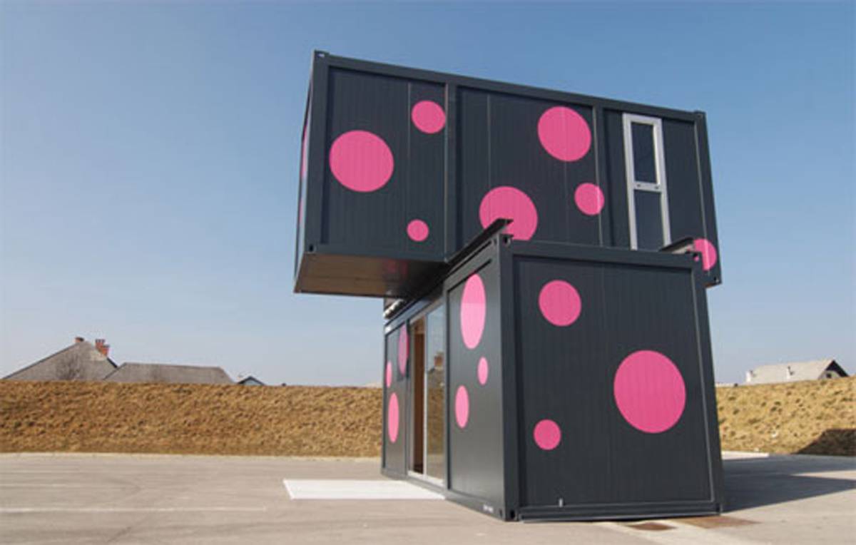 Slovenian Conhouse A Modern And Compact Prefab Home Yard