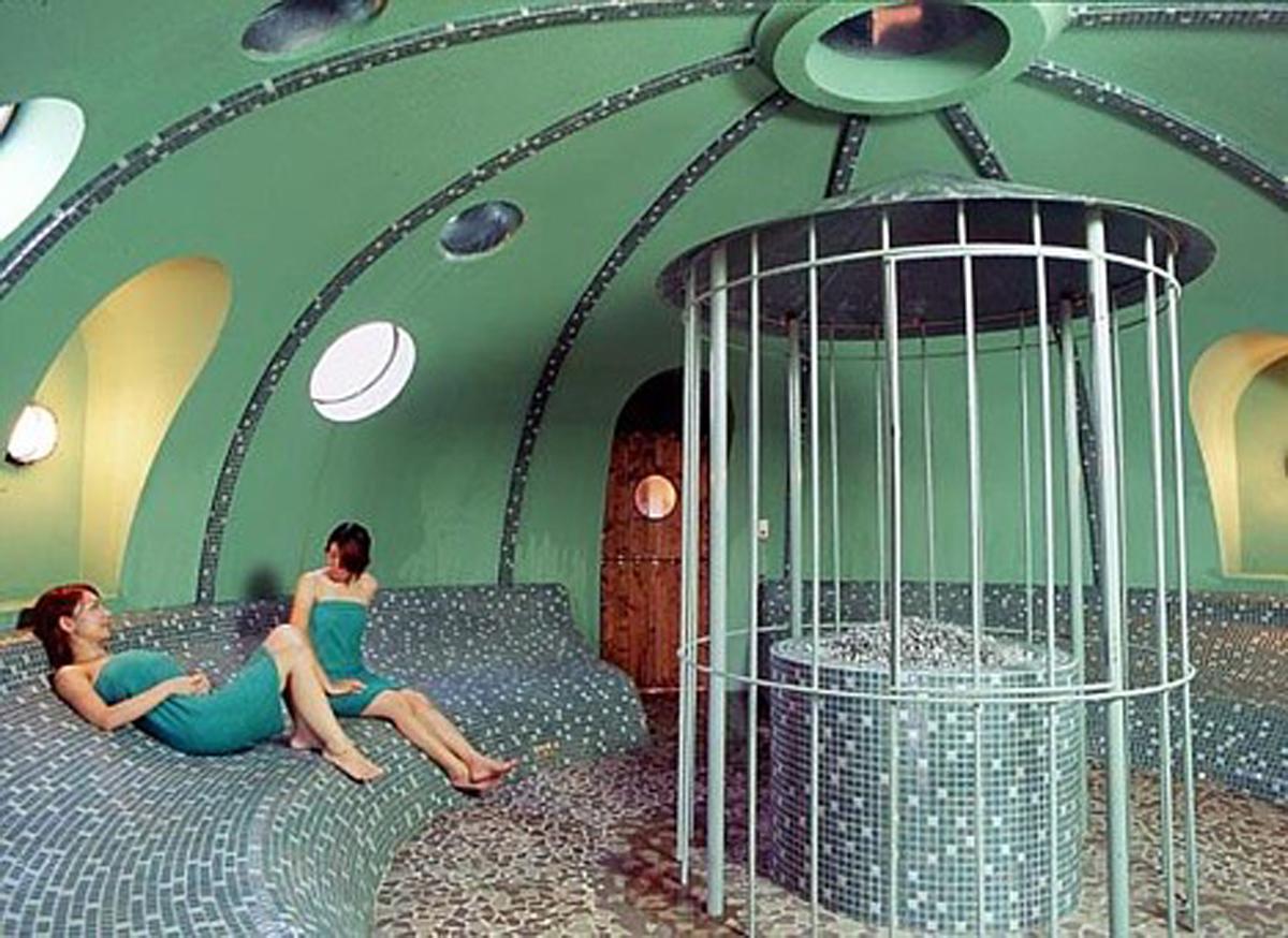 Styrofoam Prefab House by International Dome House Inc – Sauna