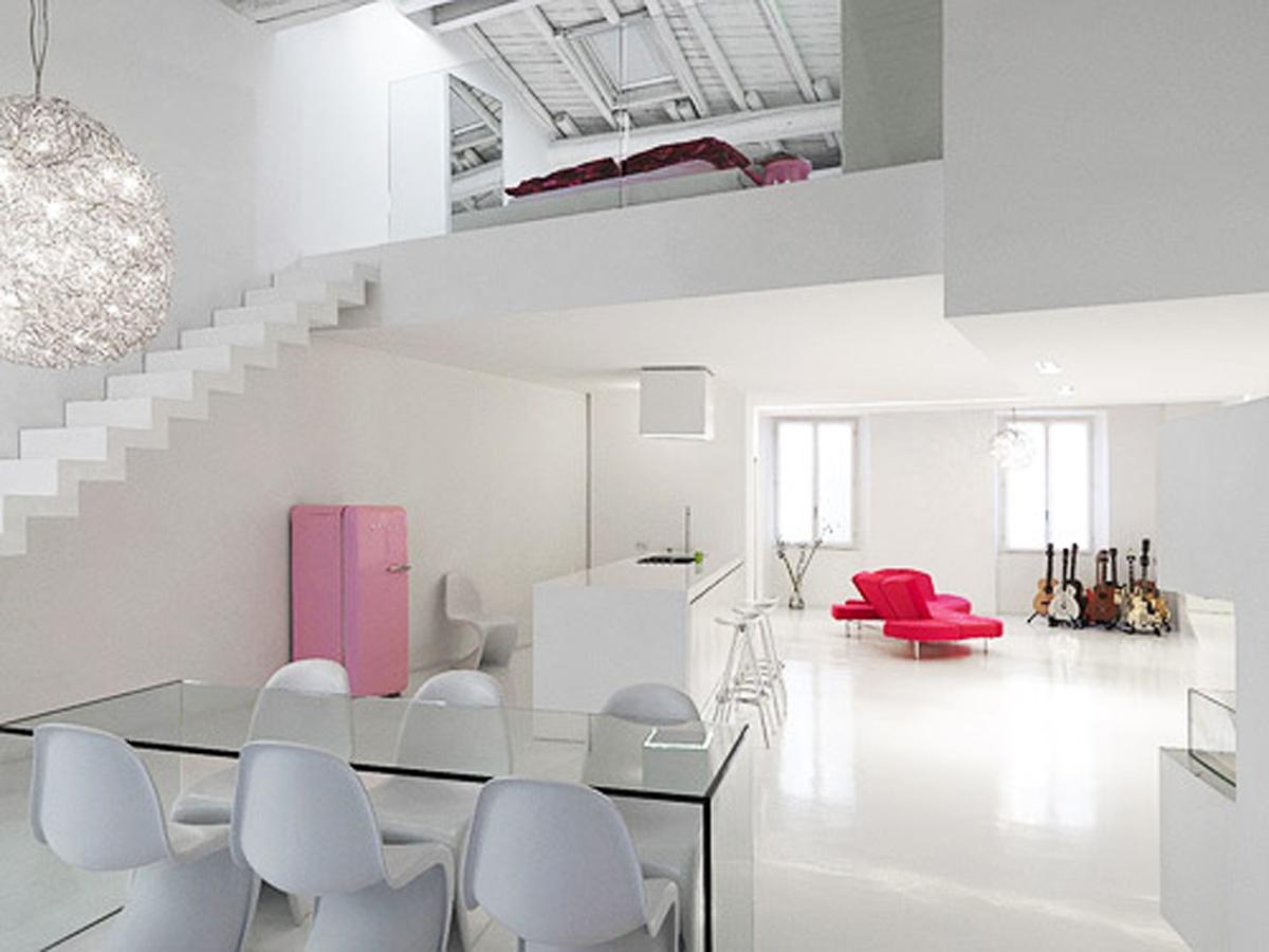 White And Modern Minimalist House Design