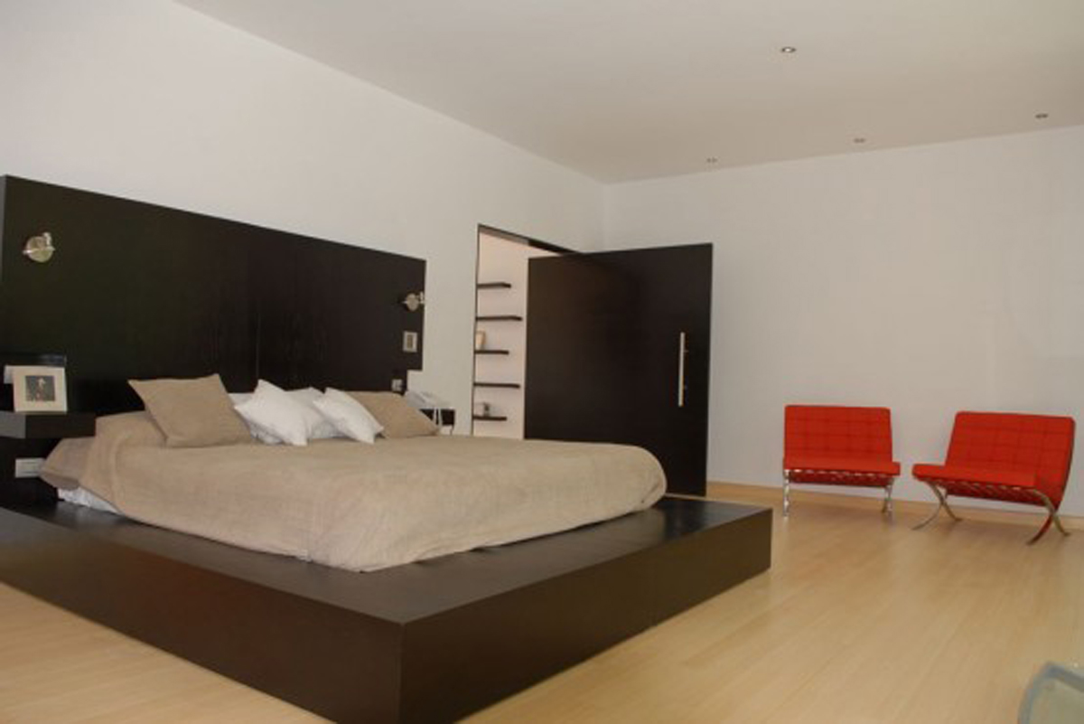 Beautiful House Design With Bamboo Decoration Bedroom