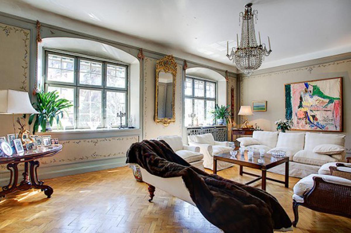 Traditional And Elegant Interior Design In Large Townhouse U2013 Windows