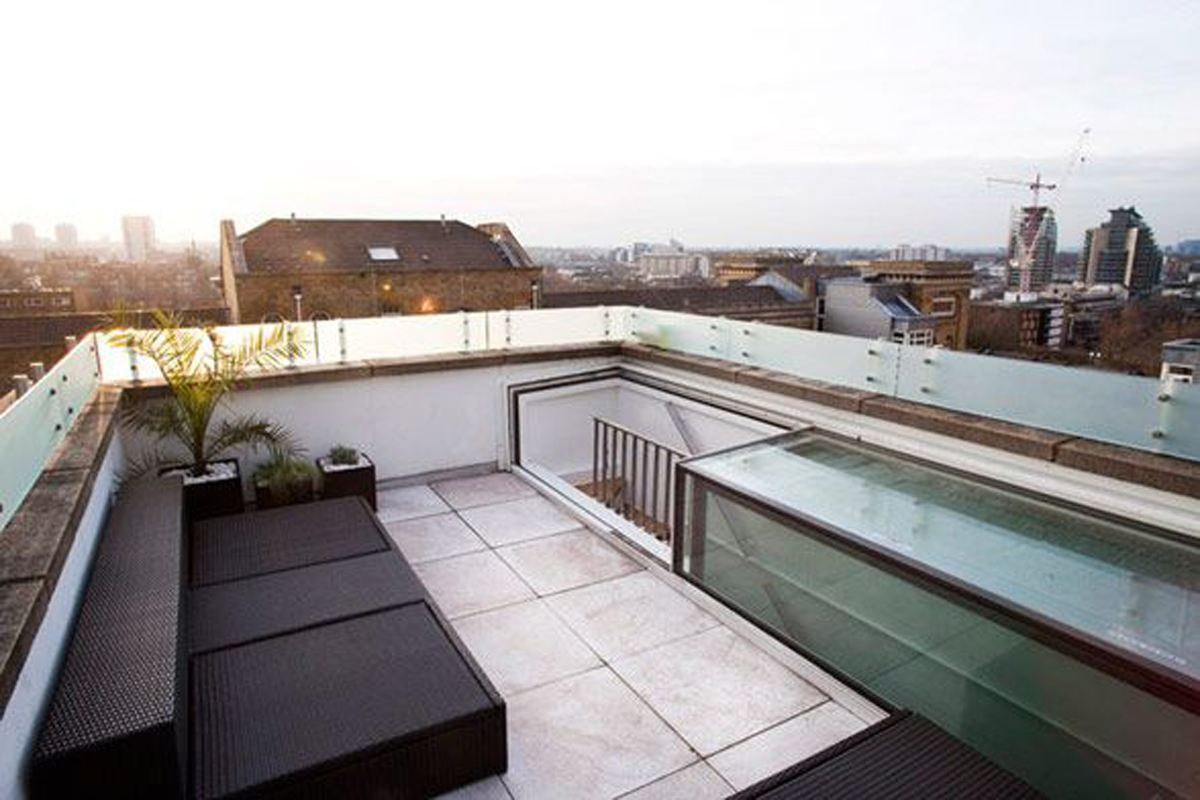 Unique Contemporary Apartment Design In United Kingdom Rooftop Space Viahouse Com