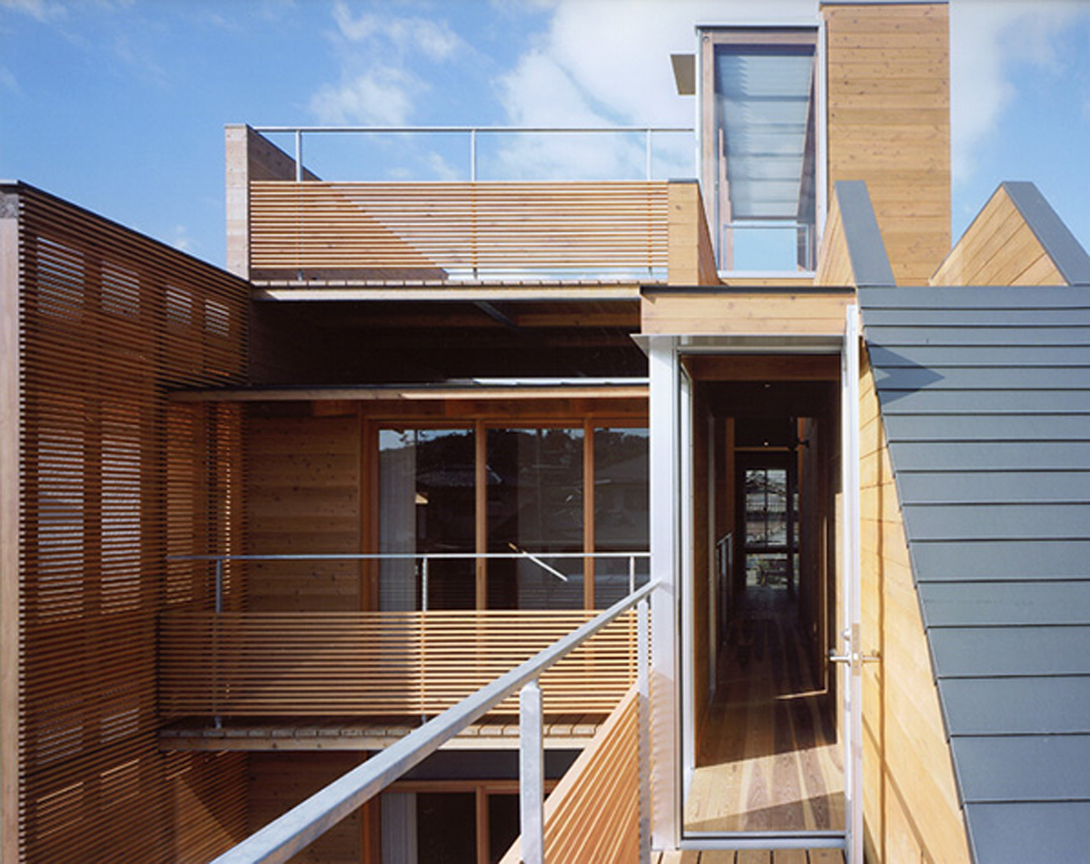 Modern Wooden House From Japanese Architect Balcony