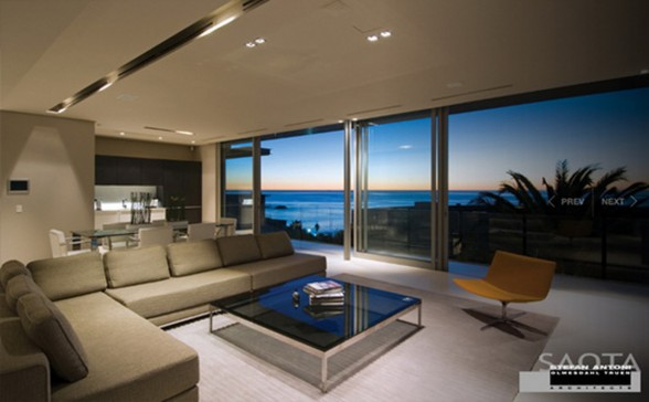 First Crescent House, Magnificent Architecture From Saota   Living Room