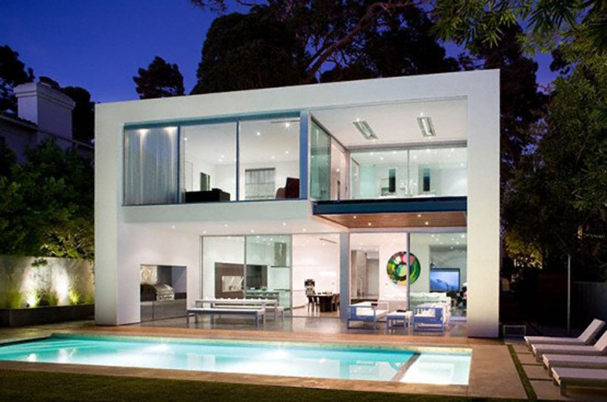 Modern House Design With Comfortable