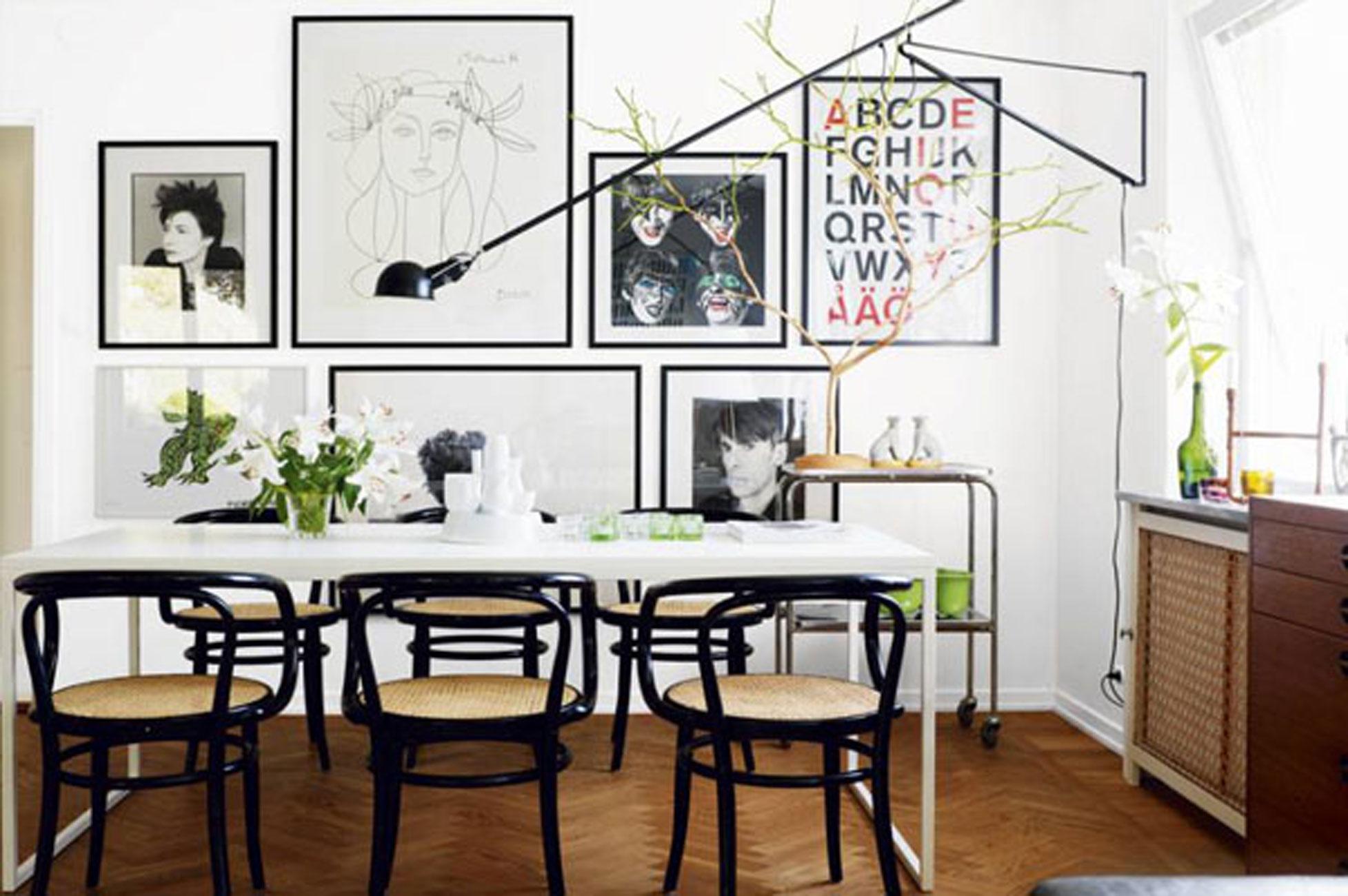 Beautiful White Interior Design in a Small Apartment Plans