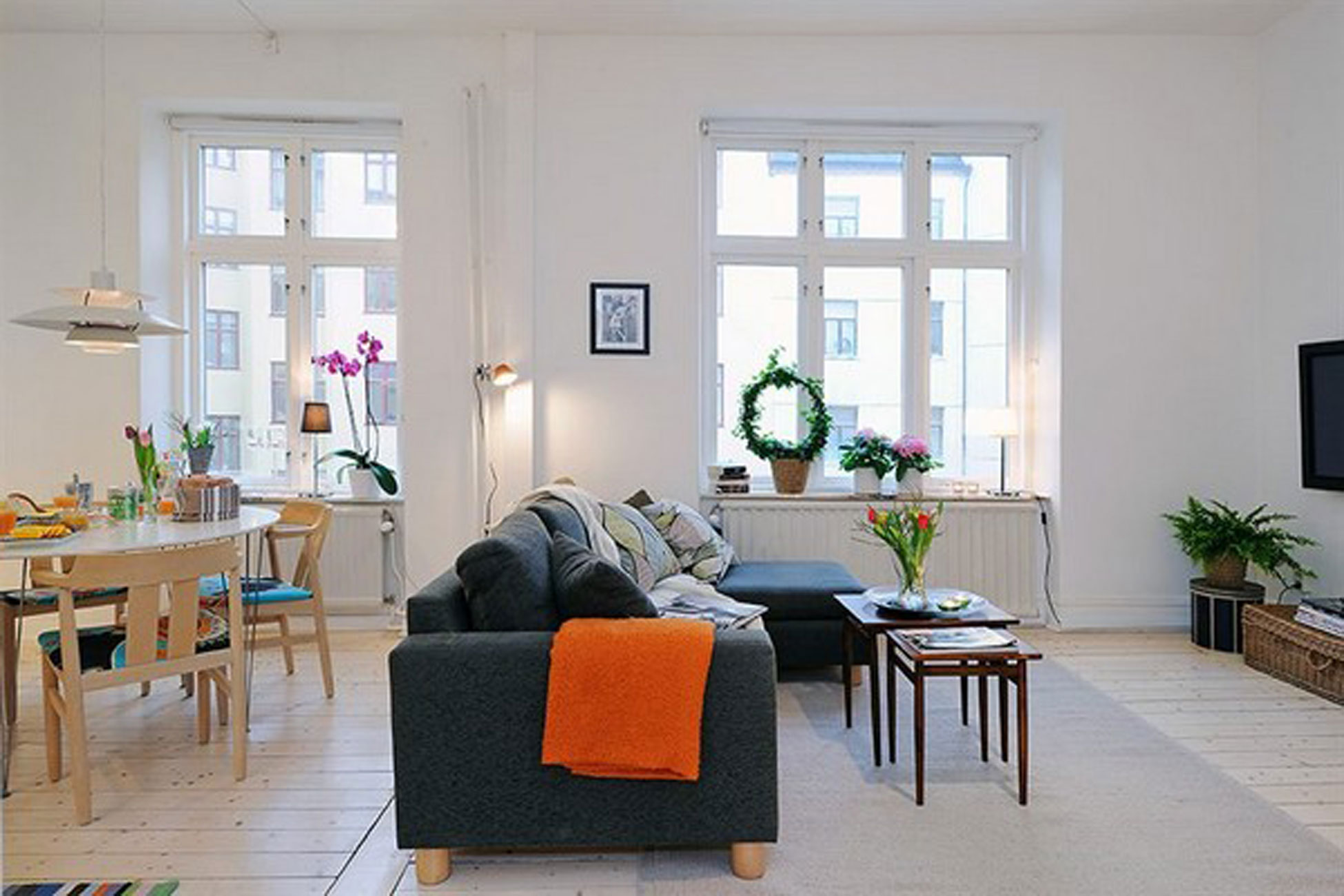 Groovy Contemporary Apartment Design In Small Loft Area And Bright Home Interior And Landscaping Oversignezvosmurscom