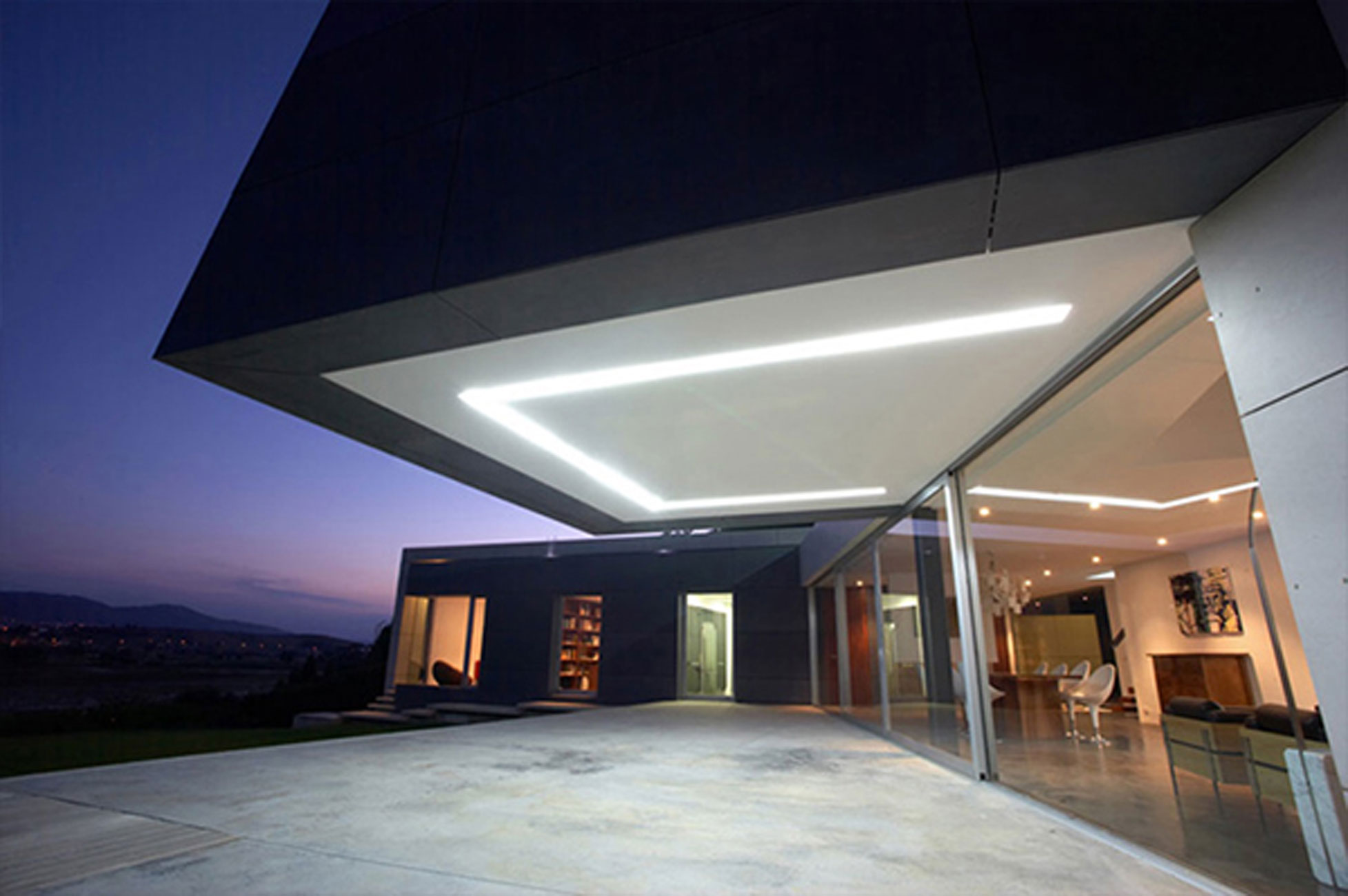 Modern House Architecture with Contemporary Interior Design by A ...