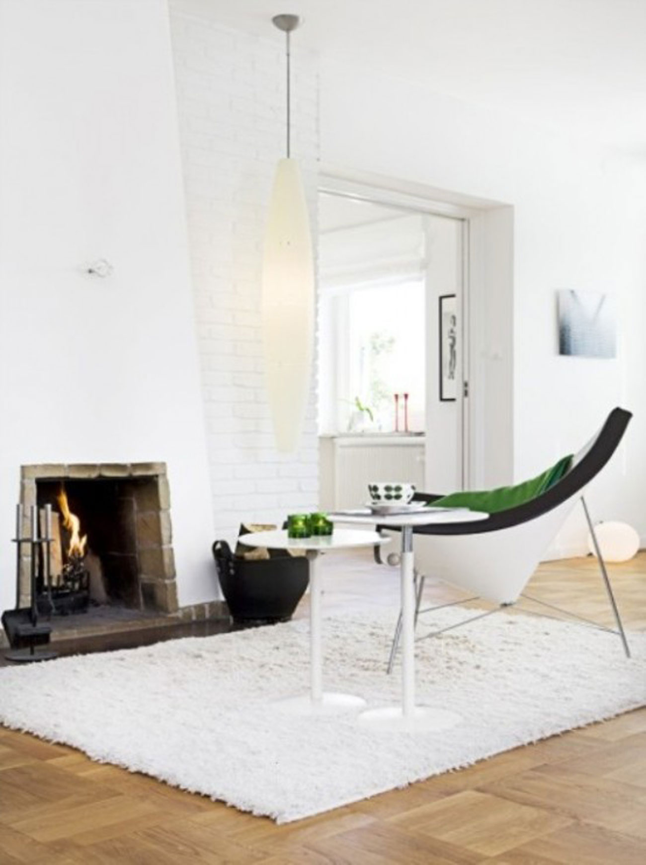 Bright white interior ideas from a 50s scandinavian house fireplace