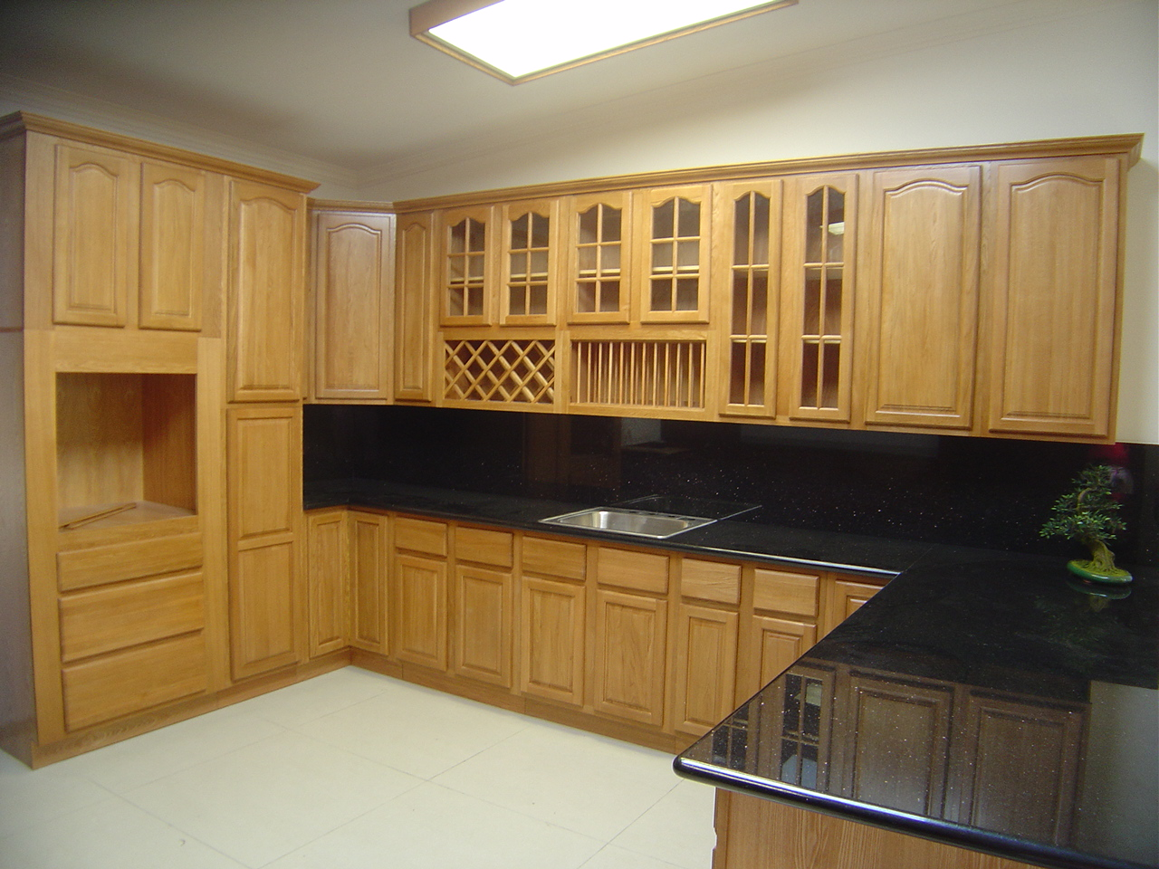 Astonishing Modern Wooden Style Kitchen Cabinets Pictures Black Countertops Viahouse Com
