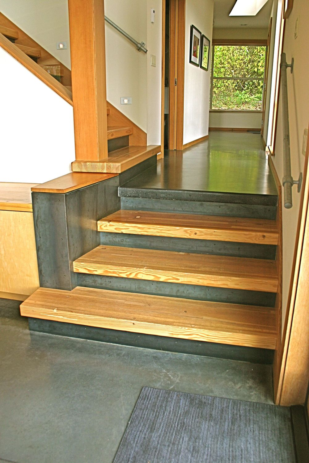 Wooden Home Steps Design
