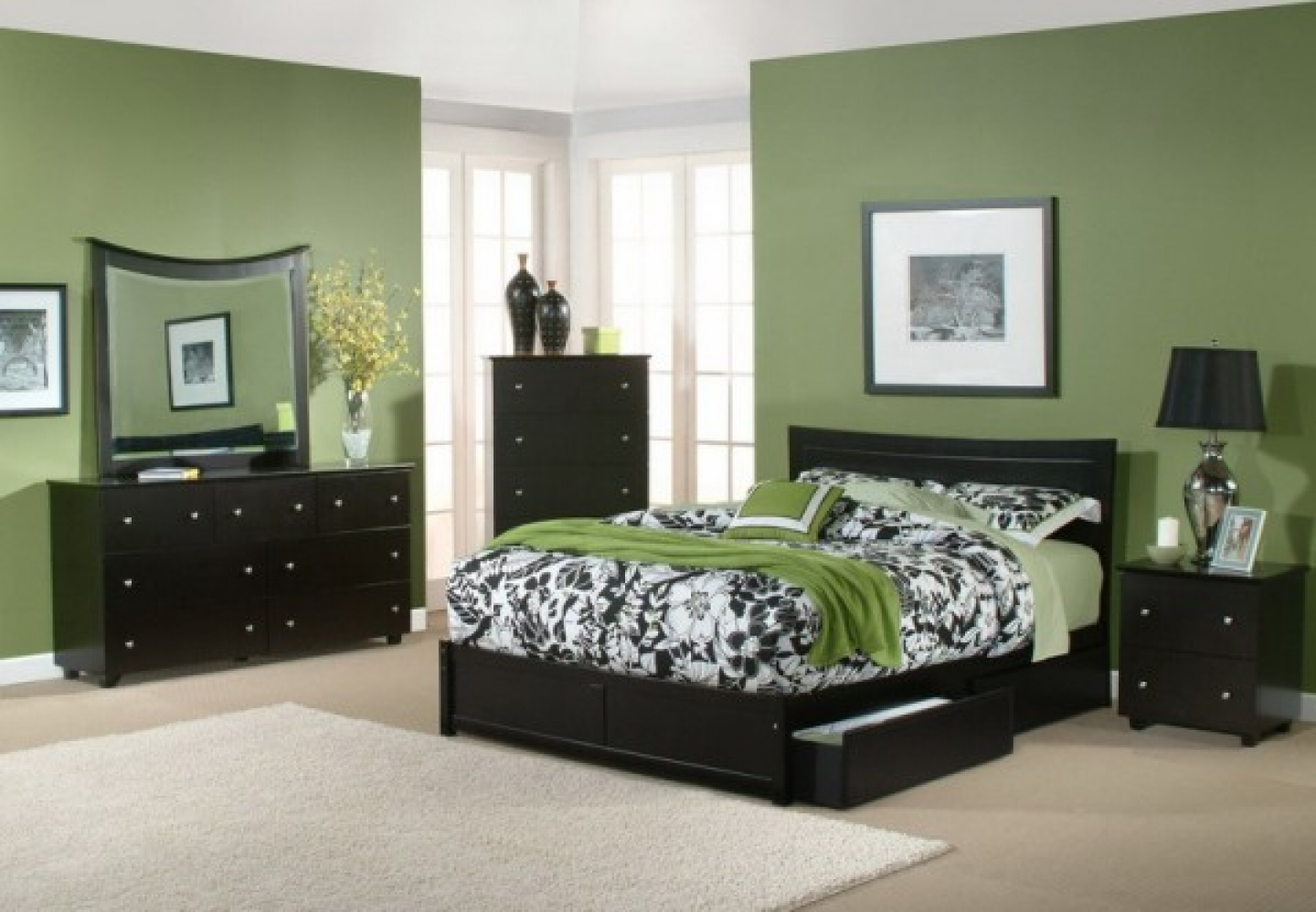 Green and Pattern Color Asian Bedroom Design