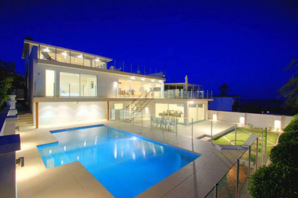 Modern Exterior Big House Design With Huge Swimming Pool And