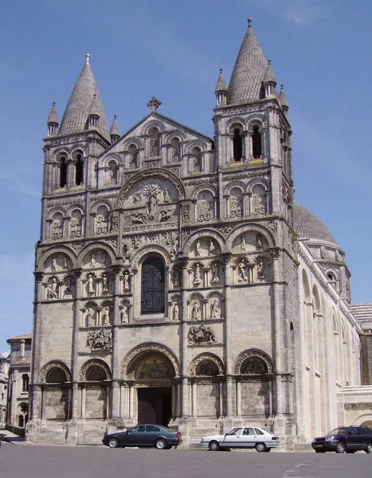 romanesque architecture characteristics